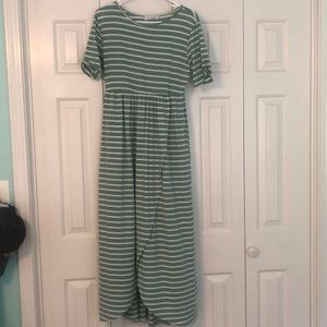 Stripped Maxi Dress With Pockets